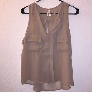 Truth sheer tan button down blouse 👚😊🌹